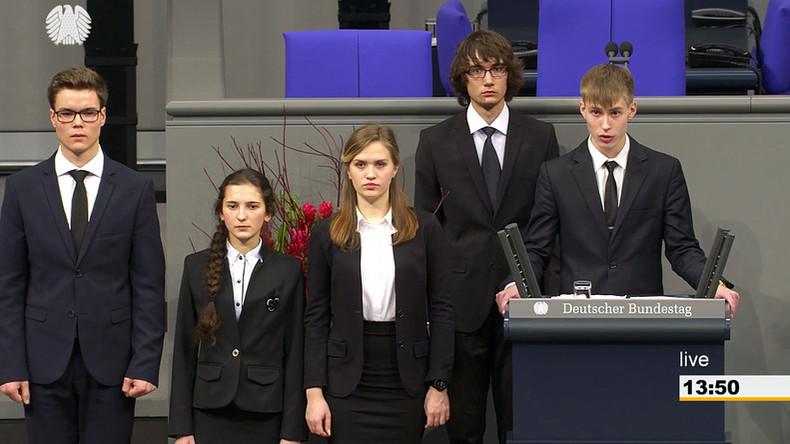 Alte Wunden aufgerissen: Russische Schüler sprechen im Bundestag über Stalingrad und ernten Empörung