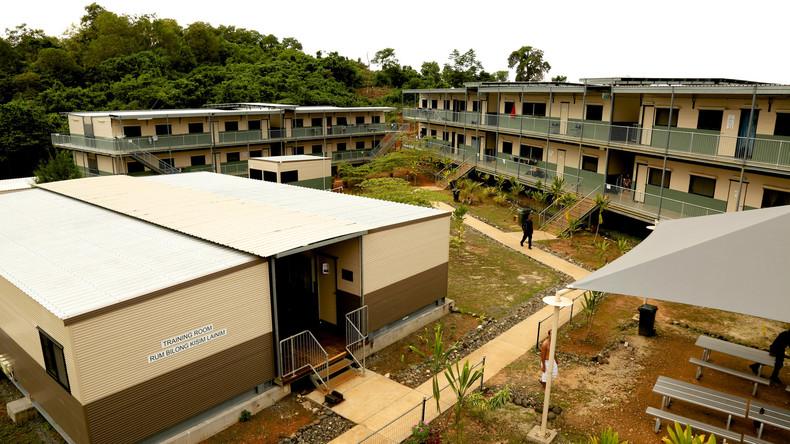 Die Abgewiesenen: Berüchtigtes Flüchtlingslager auf pazifischer Insel von Polizei geräumt