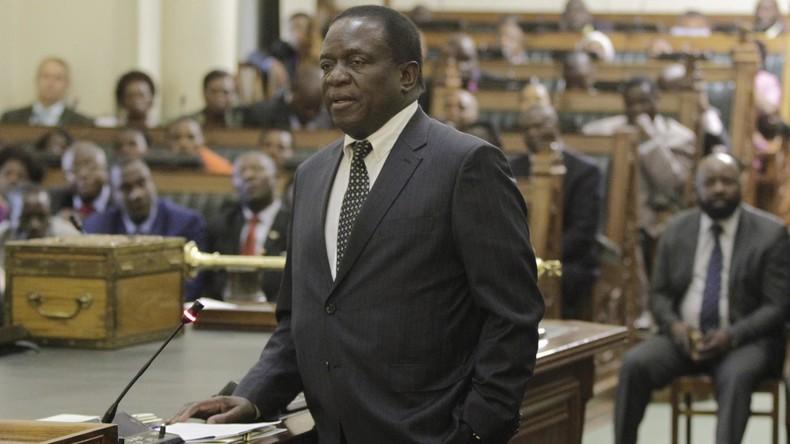 Simbabwes neuer Präsident Mnangagwa vereidigt