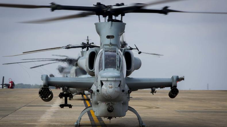 US Marine Soldat vergisst Handy in Restaurant – und fliegt mit Kampfhelikopter, um es zu holen