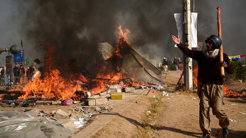 Mehrere Tote bei Protesten in Pakistan - Polizei und Armee rücken aus