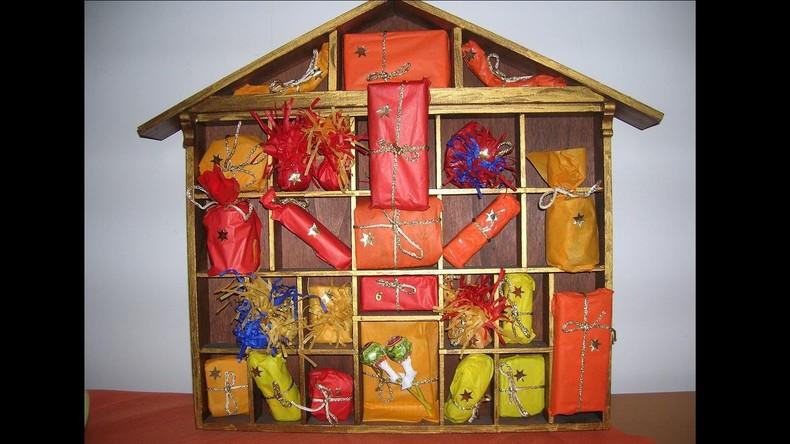 Saisonal bedingte Kriminalität: Einbrecher plündert großen Adventskalender und lässt Beute zurück