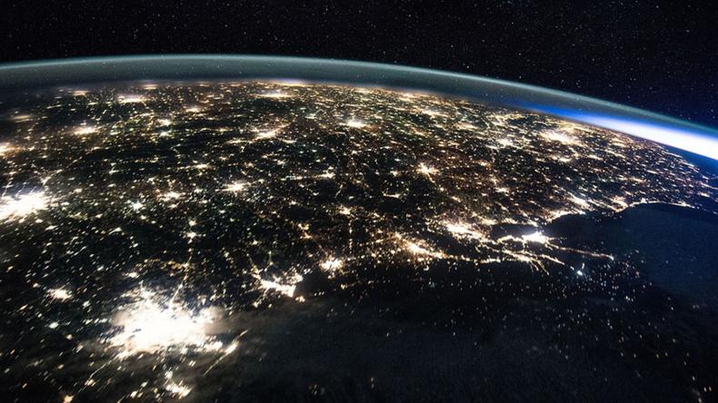 Weltall-Tourismus: Roskosmos und S7-Airlines bauen Weltraumbahnhof