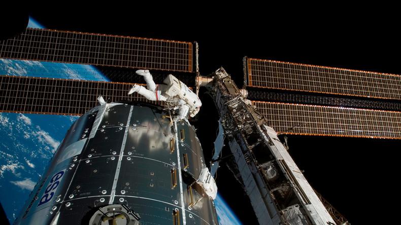 Außerirdisches Leben? Fremde Bakterien auf ISS-Rumpf entdeckt, sagt russischer Kosmonaut