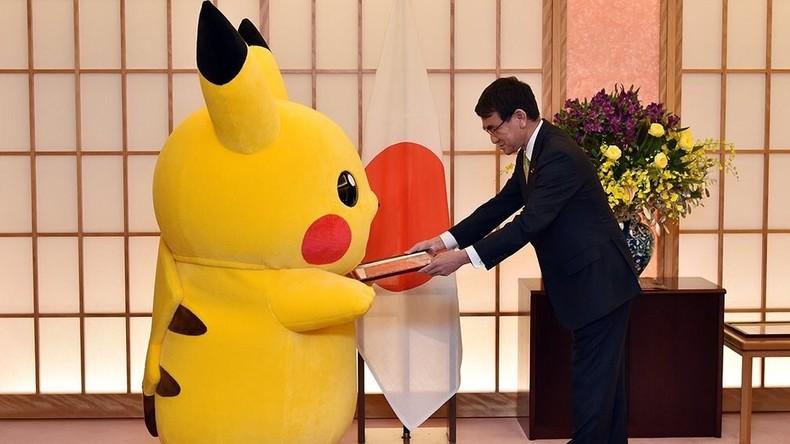 Japans Außenminister ernennt Pikachu und Hello Kitty zu Botschaftern von World Expo 2025