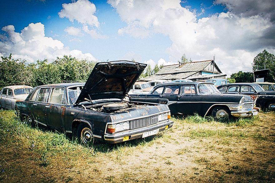 Die Krassinez-Sammlung: Museum und Friedhof für sowjetische Kult-Automobile