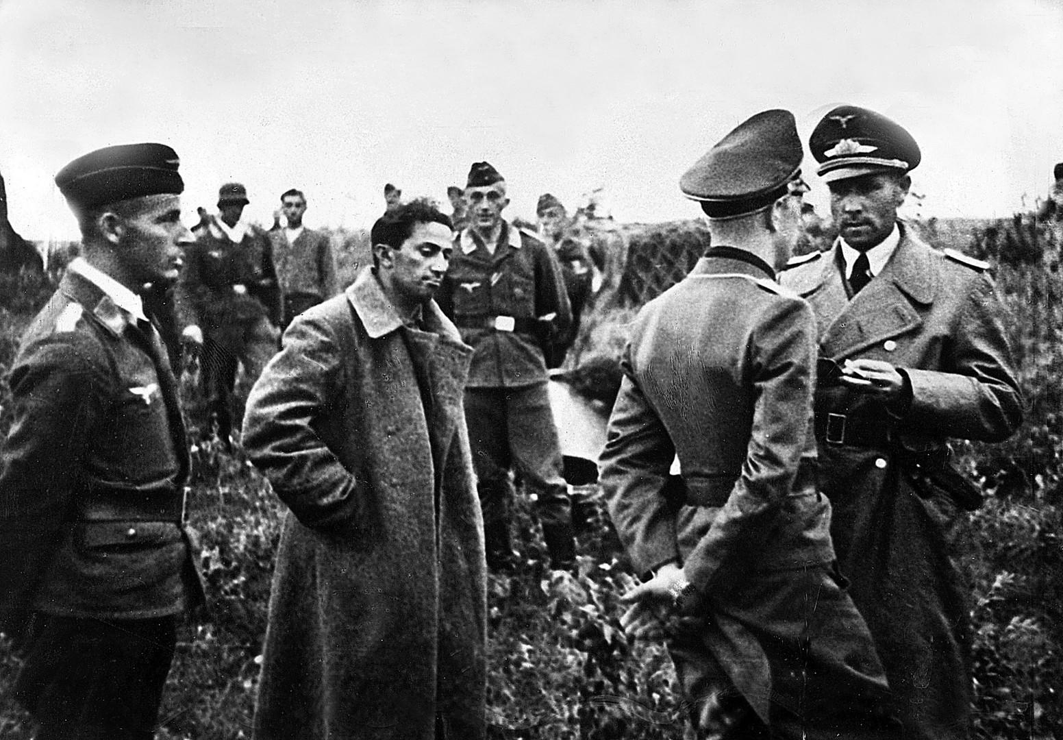 Im Schatten der Macht: Stalins Familie und ihr Schicksal