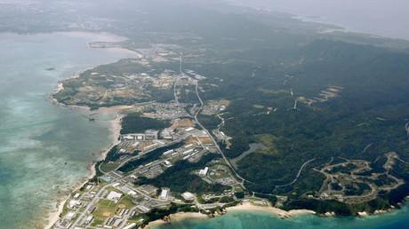 Luftbild des US-Stützpunkts Camp Schwab, Henoko in Nago, auf Okinawa, Japan, 11. März 2010.