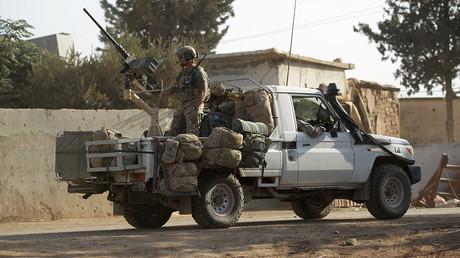 US-Soldaten auf einer Patrouille in der Provinz Aleppo. Gemäß internationalem Recht ist die Präsenz des US-Militärs in Syrien illegal.