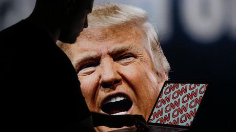 Der US-Präsident befindet sich schon seit langem auf Kriegsfuß mit der CNN. Mit einem gegen den Sender gerichteten Tweet löste Donald Trump am Wochenende heftige Reaktionen aus.