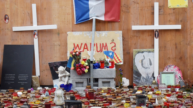 Angehörige der Todesopfer vom Berliner Weihnachtsmarkt kritisieren Bundeskanzlerin Merkel