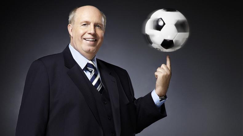 Fußballexperte Reiner Calmund: Fußball und Politik muss man trennen! [Video]