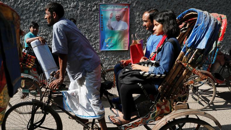 """Papst beendet Besuch in Bangladesch: """"Bitte beißt auf eure Zungen"""""""