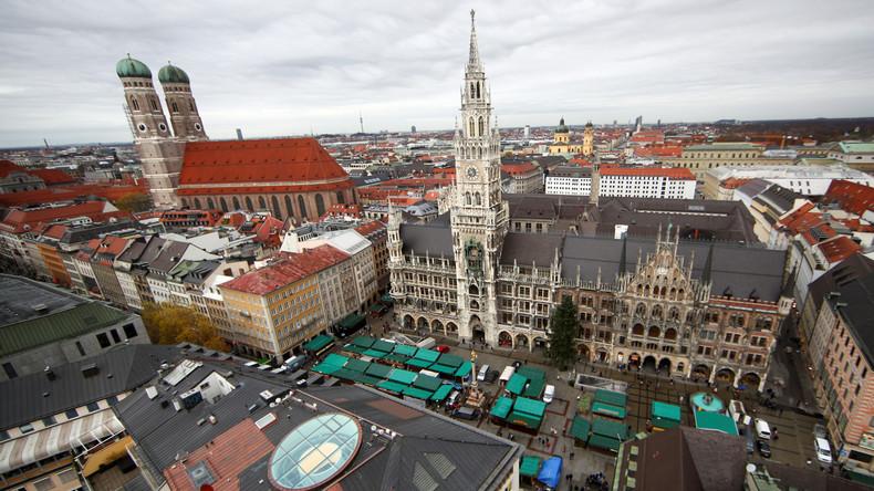 Bayerische Polizei testet neue Fahrzeugsperren an Weihnachtsmärkten