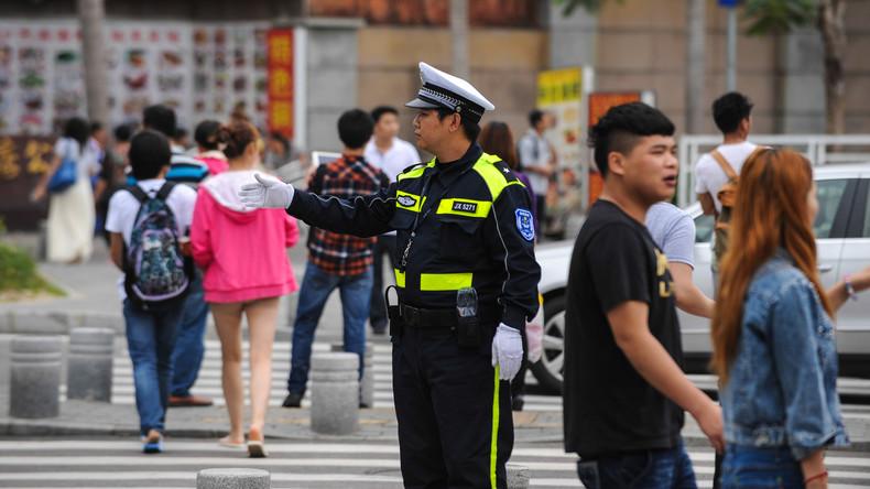 Durch Shenzhen mit Tempo 30: Stadtverwaltung testet selbstfahrende Busse