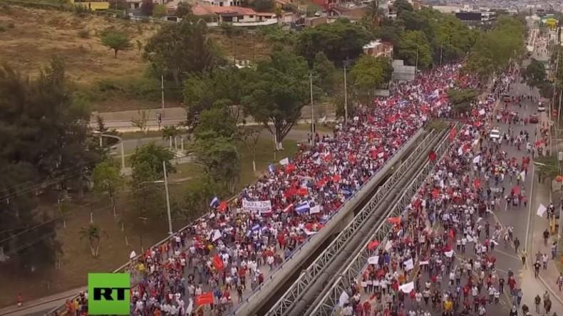 Ausnahmezustand und Massenproteste nach mutmaßlichem Wahlbetrug in Honduras
