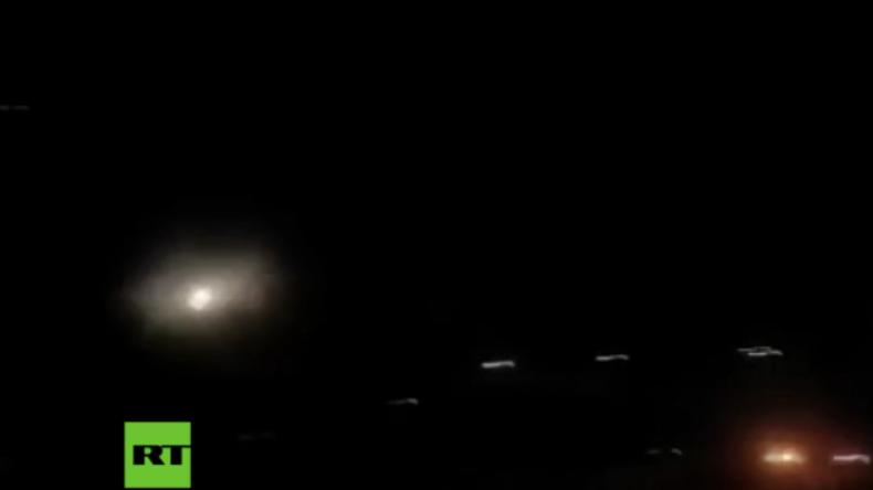 Syrien schießt angeblich drei israelische Raketen über Damaskus ab