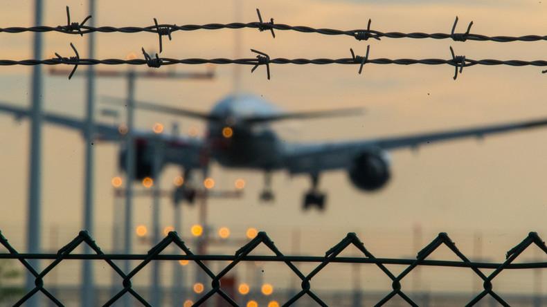 Zum achten Mal Abschiebeflug von Deutschland nach Afghanistan gestartet - wieder Straftäter an Bord