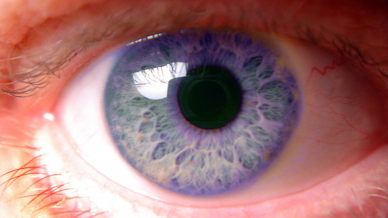 Balsam für die Augen: Klebstoff gegen Erblindung entwickelt