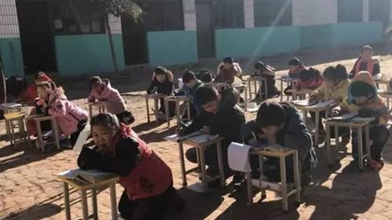 Chinesische Schüler hatten Unterricht im Freien – bei null Grad Celsius