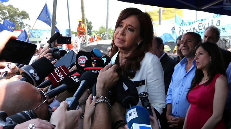 """Haftbefehl gegen Argentiniens Ex-Präsidentin Cristina Kirchner wegen angeblichem """"Vaterlandsverrat"""""""