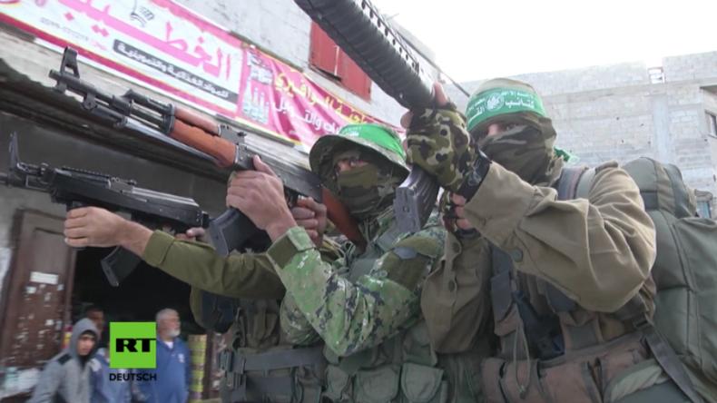 """""""Wir kommen nach Jerusalem und hissen unsere Flagge!"""" - Hamas im Gazastreifen zeigt sich kampfbereit"""