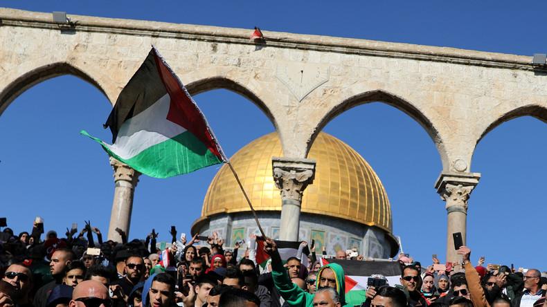 LIVE: Palästinenser protestieren in Jerusalem gegen Trump