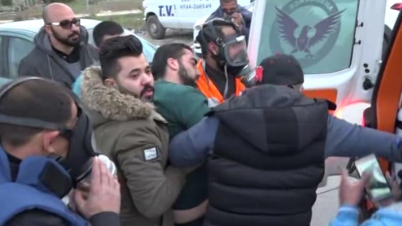 Proteste wegen Jerusalem-Anerkennung in Ramallah: RT-Journalist wird zwischen Fronten verletzt