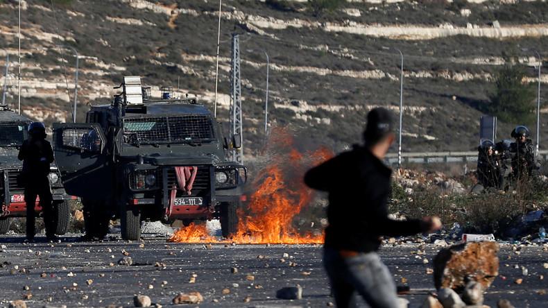Zwei Tote und mindestens 250 Verletzte bei Zusammenstößen von Israelis und Palästinensern