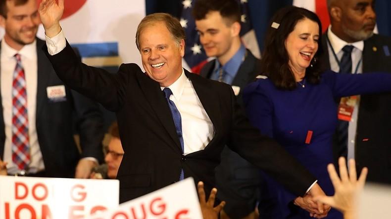 Überraschender Sieg: Demokrat Jones gewinnt Senats-Nachwahl in Alabama