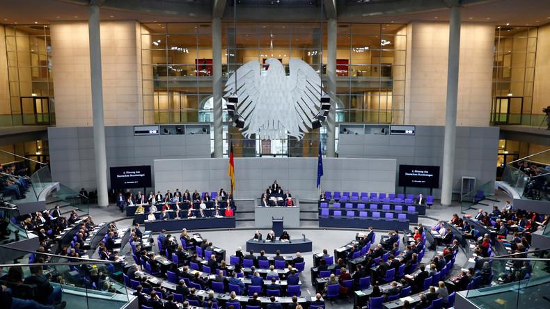 LIVE: 5. Sitzung des Bundestages – Auslandseinsätze, linke Gewalt, Grenzkontrollen, Mindestlohn