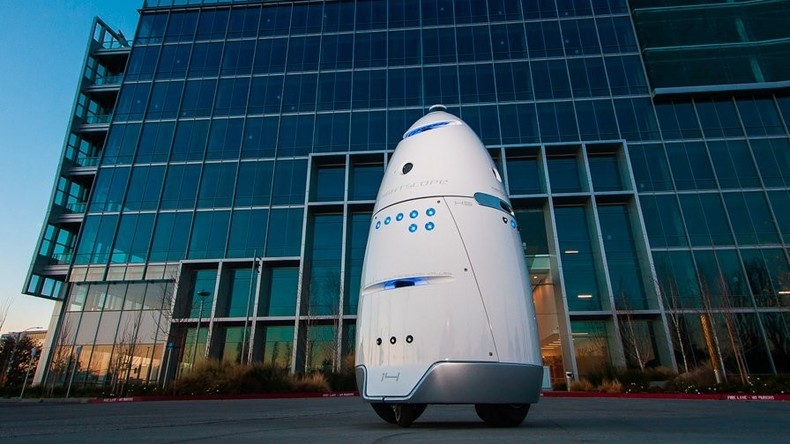 US-Zentrum für Haustierschutz benutzte Roboter, um Obdachlose zu  verjagen