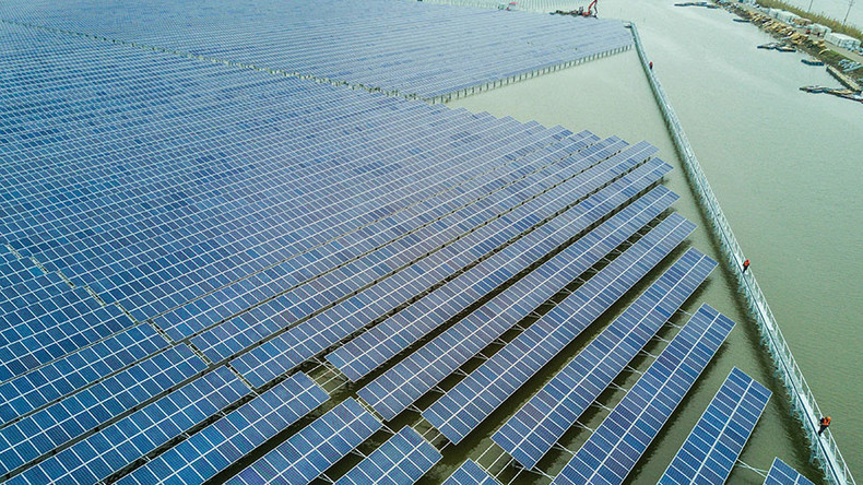 China errichtet größte schwimmende Solarstromanlage zur Gewinnung von sauberer Energie