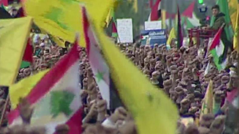 """""""Unser Motto wird der Tod Israels sein"""" - Hisbollah zeigt sich bei Massenkundgebung kampfbereit"""