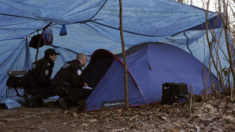 Gelegenheitsdieb lässt zwei Säcke Bargeld mitgehen: Französische Polizei fahndet nach Obdachlosem