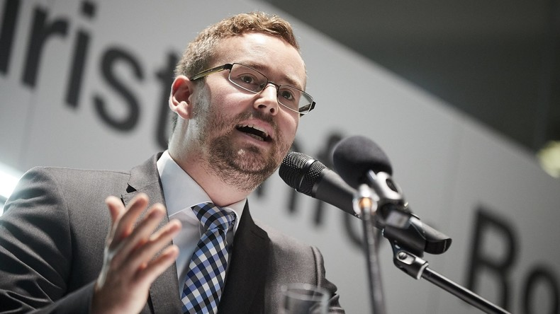 Bundestag hebt Immunität von zwei AfD-Abgeordneten auf