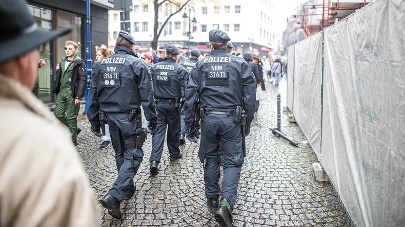 """NRW setzt Tausende Polizisten und """"Silvester-Erlass"""" gegen Gewalt ein"""