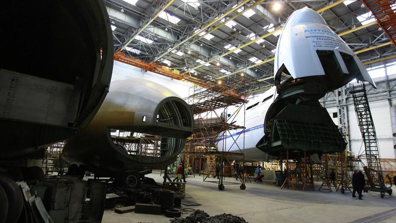 China baut in Zusammenarbeit mit ukrainischem Unternehmen größtes Transportflugzeug An-225