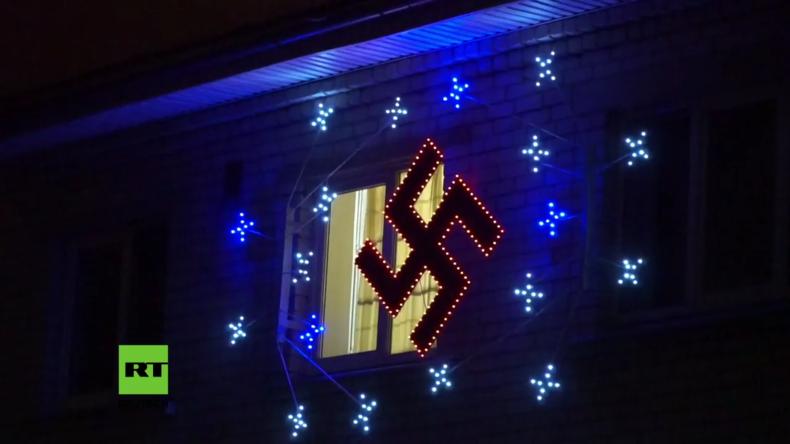 """""""Das ist kein Hakenkreuz"""" - lettischer Stadtrat verteidigt Bürger"""