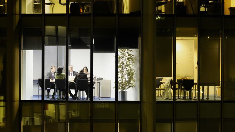 Immer mehr Deutsche arbeiten an Sonn- und Feiertagen