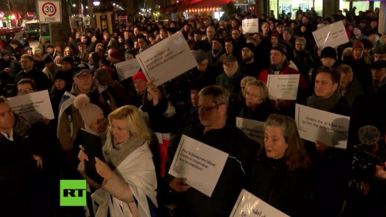 """Protest am Breitscheidplatz: Regierung """"kooperiert mit verfassungsfeindlichen Islamisten"""""""