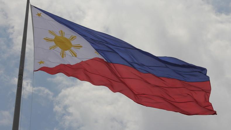 Fährunglück vor den Philippinen - mindestens 100 Menschen gerettet