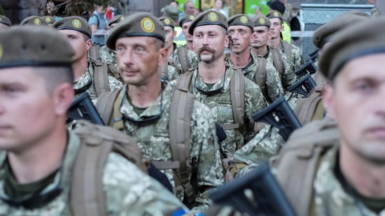 US-Regierung stimmt ersten Waffenlieferung in die Ukraine zu