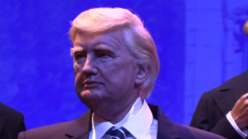 Neu in Disney World: Ein Robo-Trump, der aussieht wie eine Mischung aus Hillary und Jon Voigt