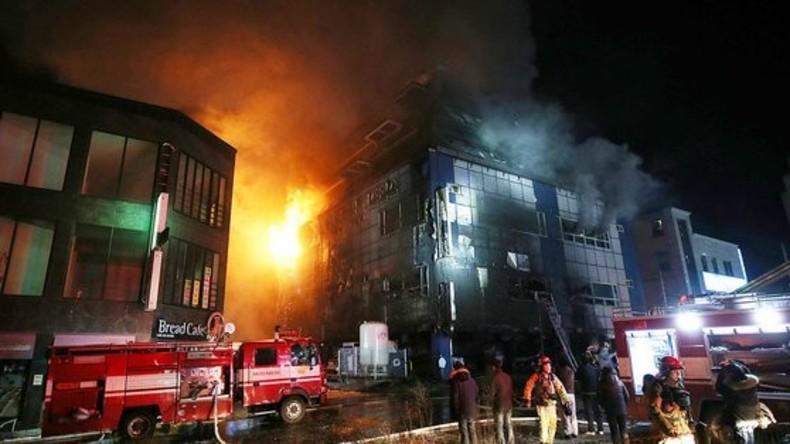 Zahl der Toten bei Brand in Fitnesskomplex in Südkorea auf 28 gestiegen
