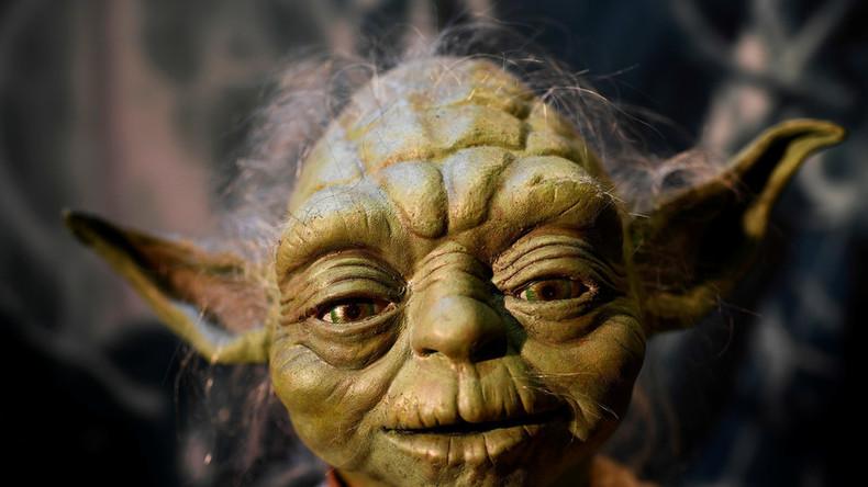 Ähnlich wie Hawaiisch Yodas Muttersprache ist, sagt Professor für Linguistik