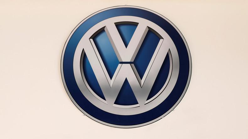 Nur noch 8.000 Euro im Monat: Volkswagen kürzt 14 Betriebsräten vorläufig das Gehalt