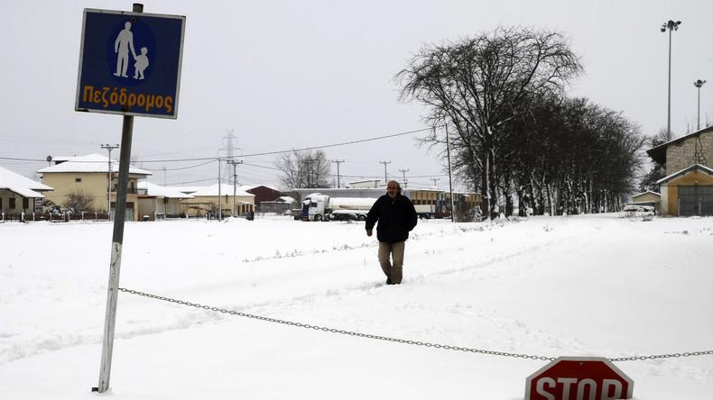 Starker Schneefall verwandelt weite Teile Griechenlands in Winterlandschaft