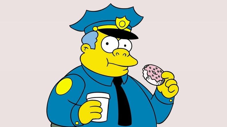 """Die Polizei ahmt die Kunst nach: Britische Beamte nehmen 21 Kriminelle dank """"Simpsons""""-Trick fest"""