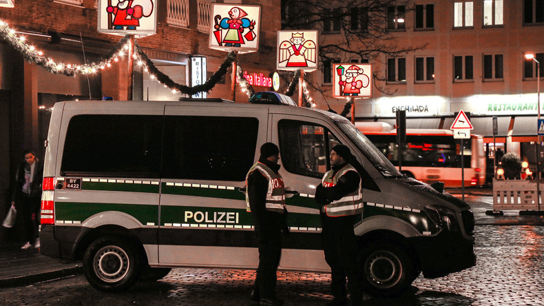 Auto kracht in SPD-Zentrale - Polizei spricht von Suizidversuch